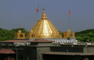 Shirdi & Nasik tour by Car