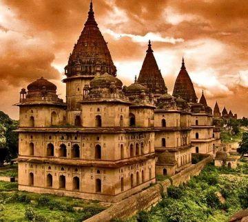 Jhansi - orchha - khajuraho 2 night /3 days tour
