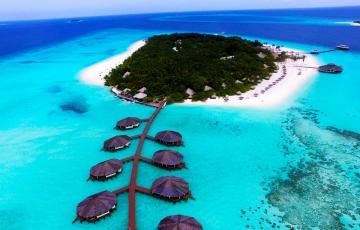 Romantic Maldives - Fun Island Resort