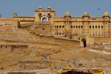 Delhi  Jaipur  Ranthambore  Mathura  Vrindavan  Agra  Delhi