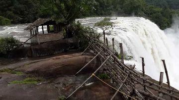 Spectacular Kerala Tour coveringCochin- Munnar  Thekkady  Al