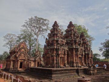 EXPLORE BEST OF CAMBODIA