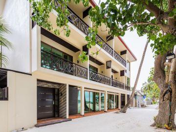 Honeymoon to Thulusdhoo Island Maldives 4N/5D