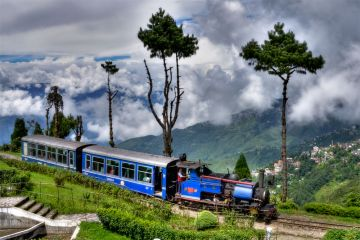 Gangtok Kalimpong and Darjeeling Naturalistic