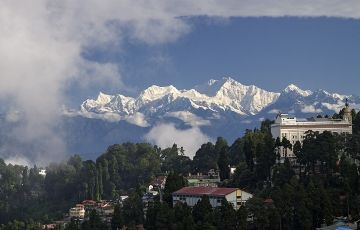 Glimple Of Kangchenjunga