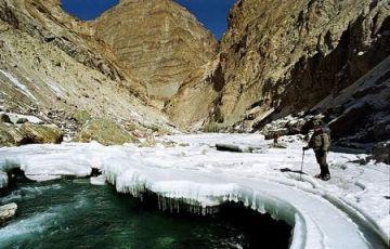 Fly Ladakh