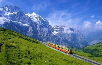 Visit Europe Amazing Tour