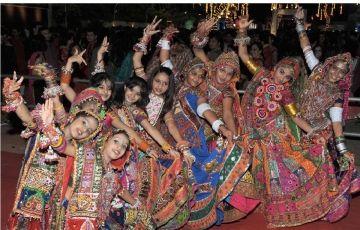 Navratri Tour in Gujarat (wel01)