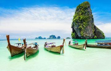 Enjoy Luxuries Holidays In Hong Kong Tour