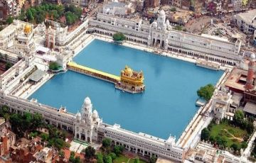 Taj with Himachal Family Holidays Package
