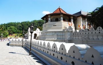 Kandy to Colombo Tour
