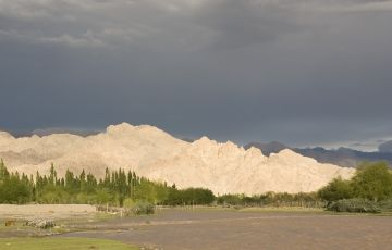 Ladakh to Pangong Tour Package