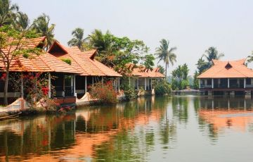 Special Offer Of Kerala Tour Package