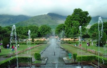 Jammu & Kashmir Tour Package