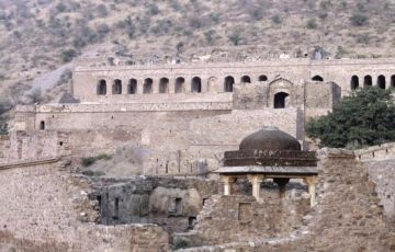 Jaipur - Bhangarh - Ranthambore (On Bullet)