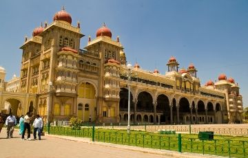 Beautiful Karnataka Tour Package