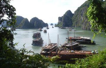 Halong Bay - Dragon Legend Cruise