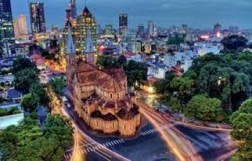 South Vs Central Vietnam in 7 Days