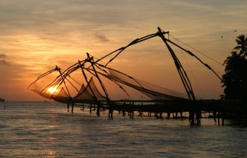 Athirapally Cochin Tour