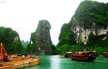 Halong Bay - LaFairy Cruise