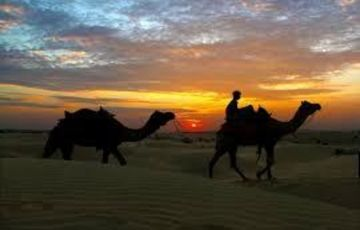 Pearl Desert Stay - Luxury Stay at Sam Sand Dunes