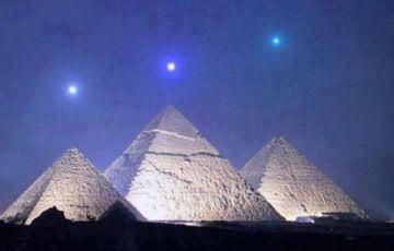 Pyramids and Alexandria Tour
