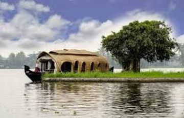 SUPER LUXURY HOUSEBOAT CRUISE AT CALICUT BACKWATERS