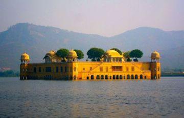 Taj Mahal Jaipur Tour