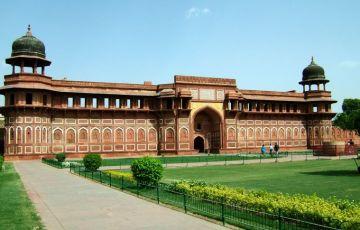 Taj Mahal Tour By Train