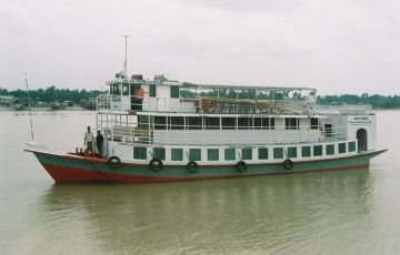 The Oberoi Motor Vessel Vrinda Backwater Cruise Tour