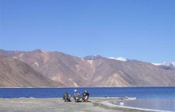 The Pangong lake Tour