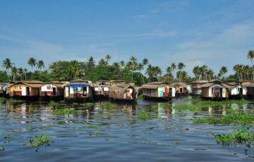 Beaches & Backwaters Kerala Tour