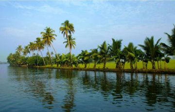 Beautiful Kerala Holiday Tour (04Night/05Days)