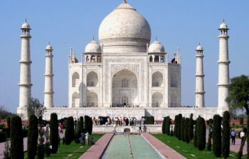 Central India Temples with Taj Tour Package