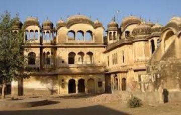Desert To Ganga Tour