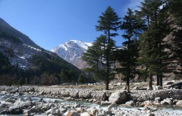 Do Dham Yatra By Road Tour Package