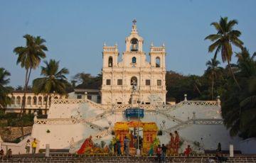 Fabulous Golden Triangle With Goa Tour