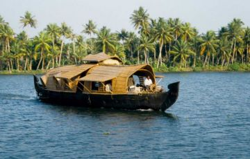 Famous Kerala Backwaters Tour