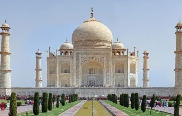 Grand India Tiger with Taj Mahal Tour