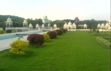 Hyderabad Ramoji Film City Tour