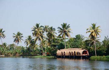 Kerala Backwater Holidays Tour