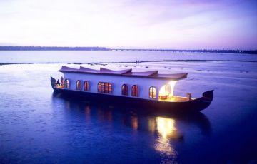 Kerala Houseboat Backwater Tour