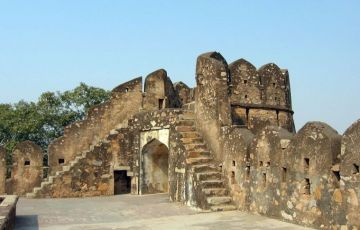 Khajuraho with Orchha Tour
