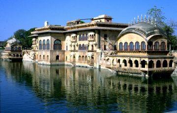 Taj And Temples Tour