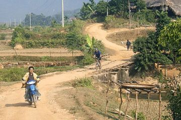 Mai Chau and Moc Chau Off Road Biking Tour