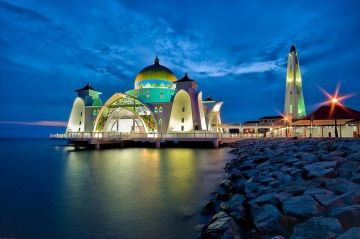 Malaysia and Singapore With Cruise