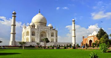 GOLDEN TRIANGLE WITH GWALIOR TOUR PACKAGE 4 NIGHTS AND 4 DAY