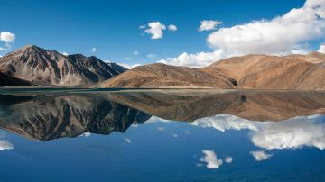 LADAKH WITH NUBRA STAY 4 NIGHTS AND 5 DAYS