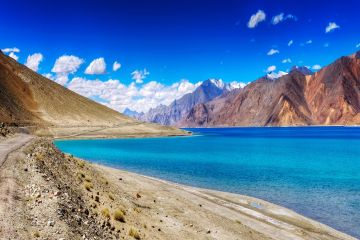 SIMPLY LADAKH TOUR PACKAGE 3 NIGHTS AND 4 DAYS