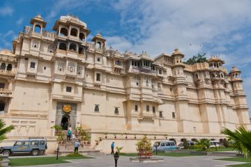 MAJESTIC UDAIPUR TOUR PACKAGE 3 NIGHTS AND 4 DAYS